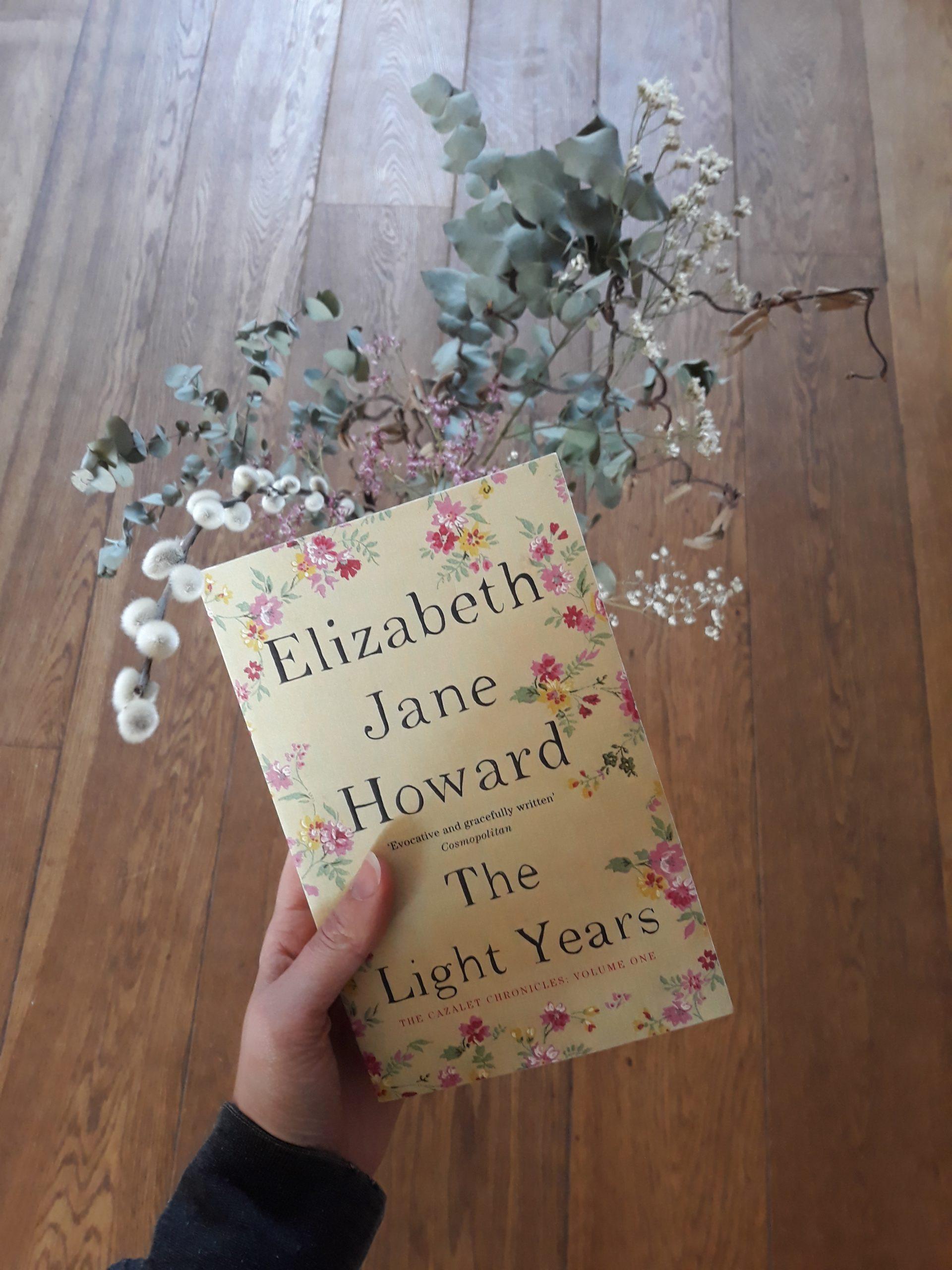 Boekrecensie: The Light Years – Elizabeth Jane Howard