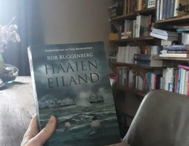 Boekrecensie: Haaieneiland – Rob Ruggenberg