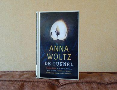 Boekrecensie: De tunnel – Anna Woltz